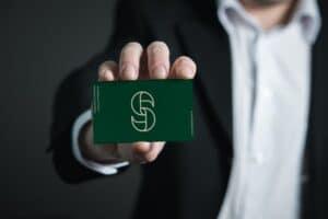 Strandbygaard Trykkeri viser her et VISITKORT- du kan får trykt dit næste visitkort i høj kvalitet.
