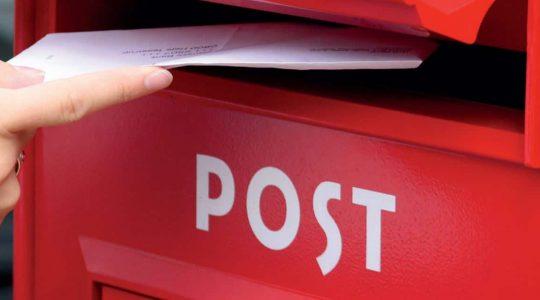 Strandbygaard Trykkeri - Miljøbevidst trykkeri. Her er ses en postkasse der illustrerer vejledninger til Postnord.